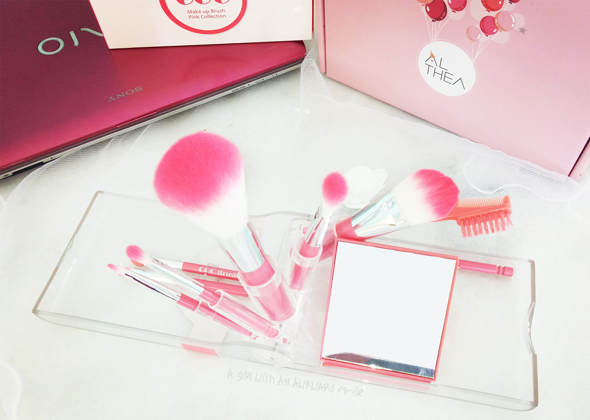 [รีวิว] COC Takeout Brush Kit Make Up Brush Pink Collection