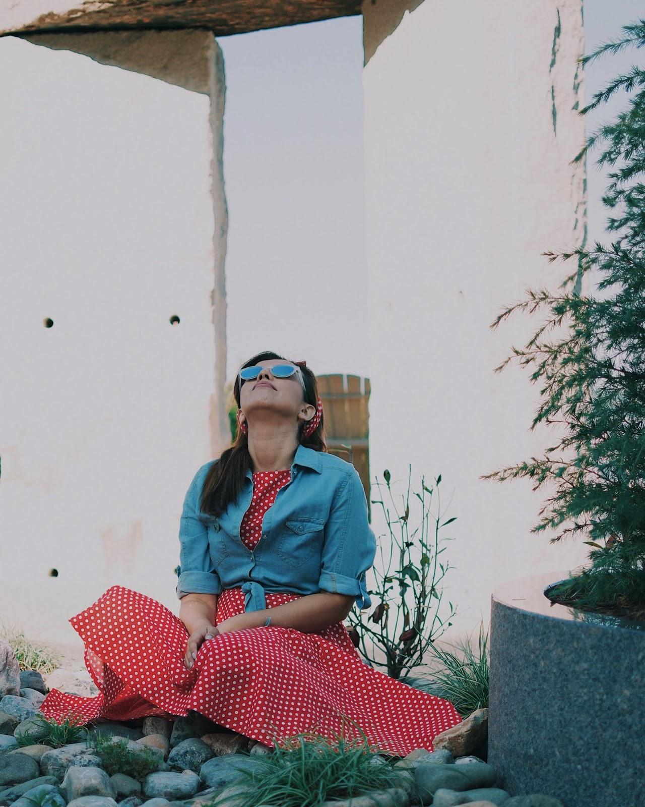 Polka Dots And Denim-mariestilo-ligthinthebox-fashionblogger-dcblogger-itgirl-fashionista-lunares-vestidos-travelblog-mariestilotravels-