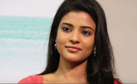 I am happy acting as sister to Sasikumar says Aishwarya Rajesh