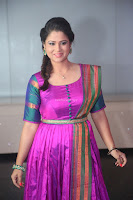 Shilpa Chakravarthy in Purple tight Ethnic Dress ~  Exclusive Celebrities Galleries 051.JPG