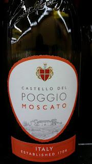 The winos 39 wine guide castello del poggio moscato moscato for Castello del poggio moscato olive garden