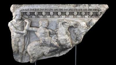 """Επαναπατρίστηκε ρωμαϊκή σαρκοφάγος με τη """"βούλα"""" της εισαγγελίας Νέας Υόρκης"""
