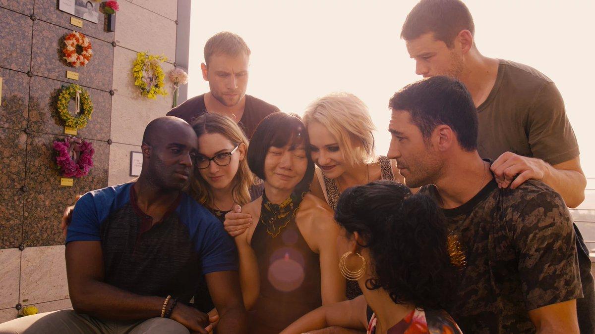 El reparto de Sense8 en una escena de la serie de Netflix