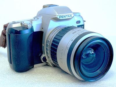 Pentaz ZX-7, SMC Pentax-FA 28-80mm F3.5-5.6