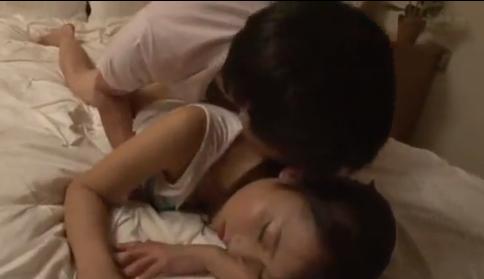 Film Bokep Jepang Ngewek Cewek Lagi Tidur