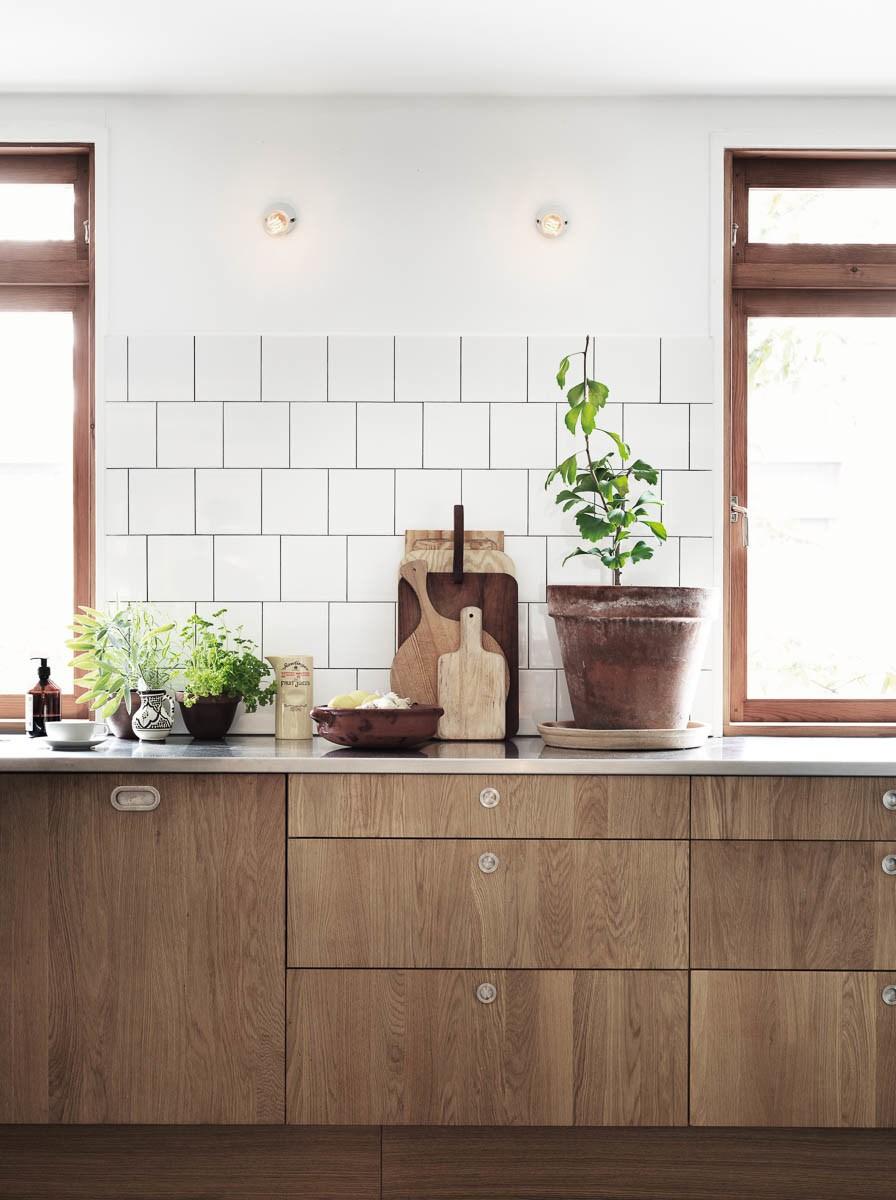 Biala Czy Drewniana Jaka Kuchnia Do Mieszkania W Skandynawskim