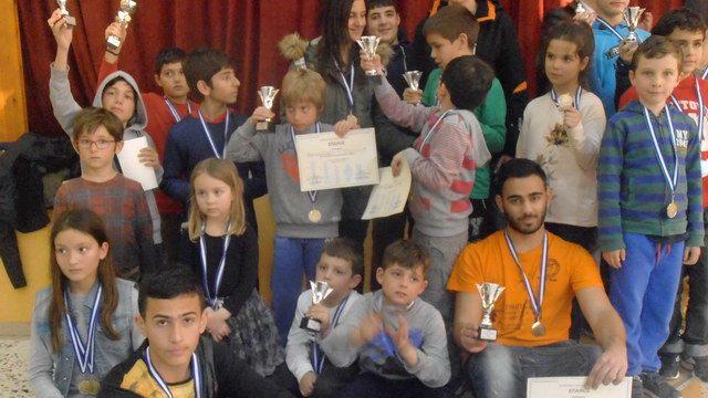 9 κύπελλα κατέκτησαν τα παιδιά των Ακαδημιών του Εθνικού στους Προκριματικούς Σχολικούς Αγώνες Σκάκι Π.Ε. Έβρου