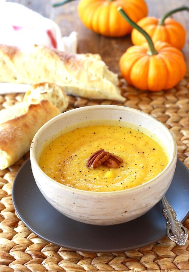 Sweet & Smoky Roasted Pumpkin Soup by SeasonWithSpice.com