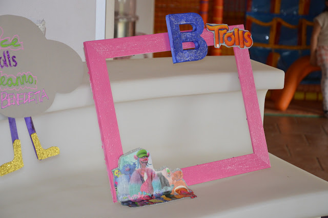 Cornice Photobooth tema trolls