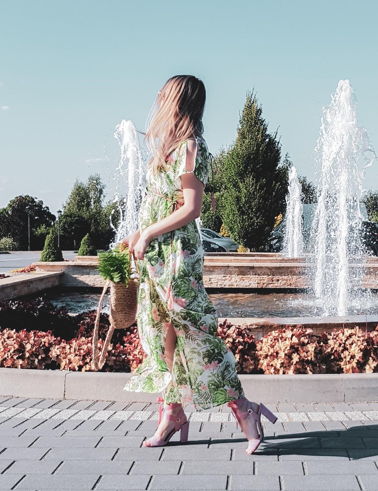 Sukienka na lato bonprix
