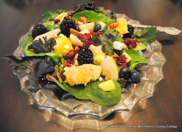 Winter Greens Salad With Orange Vinaigrette at Miz Helen's Country Cottage