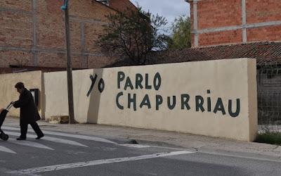 Pintada en un muro privado en favor del chapurriau en la travesía de Valderrobres
