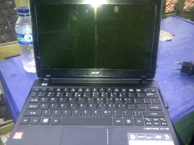 Notebook Acer Aspire One 725 C70