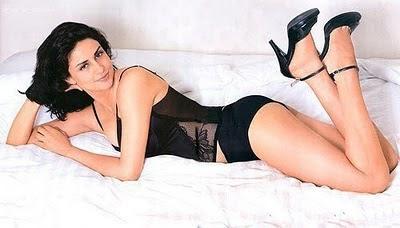 Bollywood Hot Actress In Bikini Bollywood Actress in Bikini Pics 26