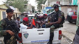 """Policía apresa a """"Chino Uzi"""", a quien le atribuye homicidio, asaltos y venta de droga"""