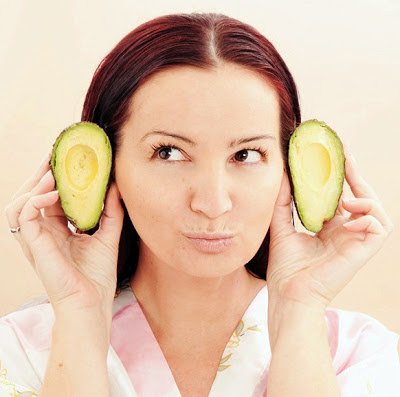 manfaat masker buah alpukat untuk wajah