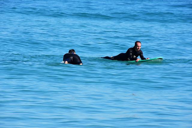 Esperando a las olas de Razo