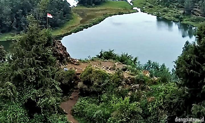 telaga pengilon - paket wisata dieng plateau