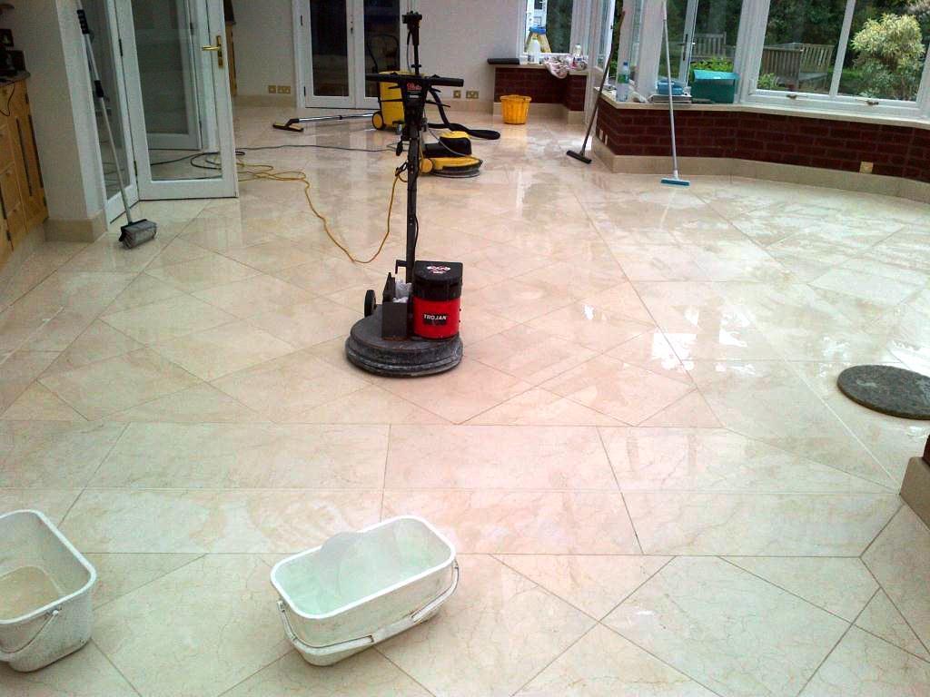 Cara Membersihkan Lantai Granit yang Baru Dipasang dan
