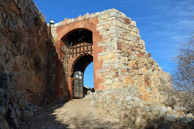 Puerta del Castillo de Calatrava la Nueva