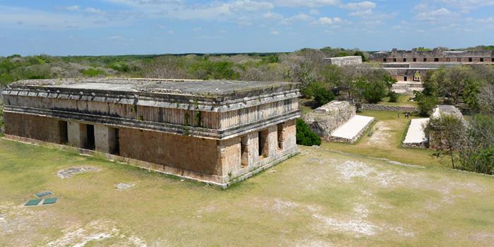 Kabah, Labná, Mérida, Ruta Puuc, Sayil, Uxmal, Yucatán, Grutas de Loltún, grutas en yucatan, Merida, que hacer en yucatan, zonas arqueologicas,
