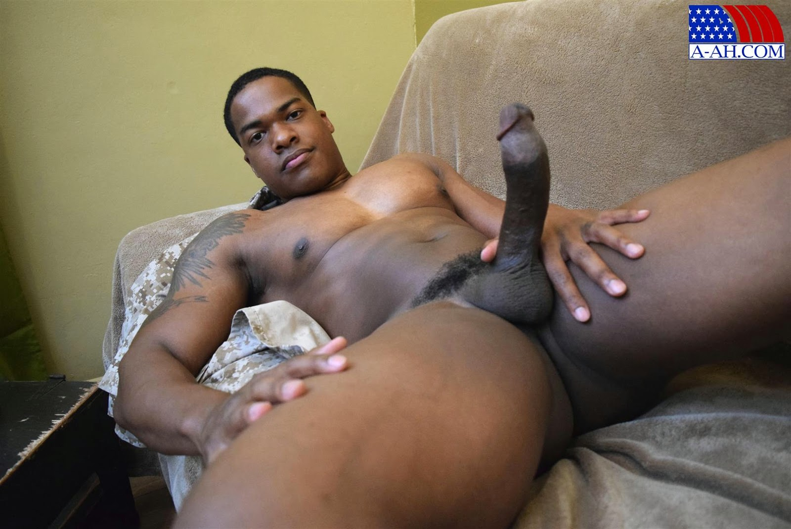 young-hung-black-tube-and-brother-porn