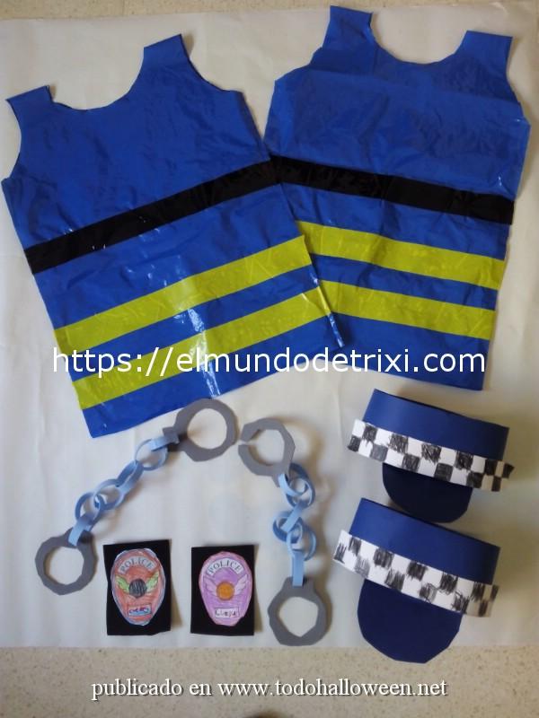 Disfraz de policía bolsa de basura azul, con esposas y sombrero de cartulina