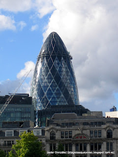 Torre 30 St Mary Axe en Londres