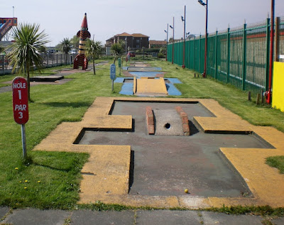 The Arnold Palmer Putting Course in Canvey Island. This used to be an 18-hole course. When I played it only 9-holes remained