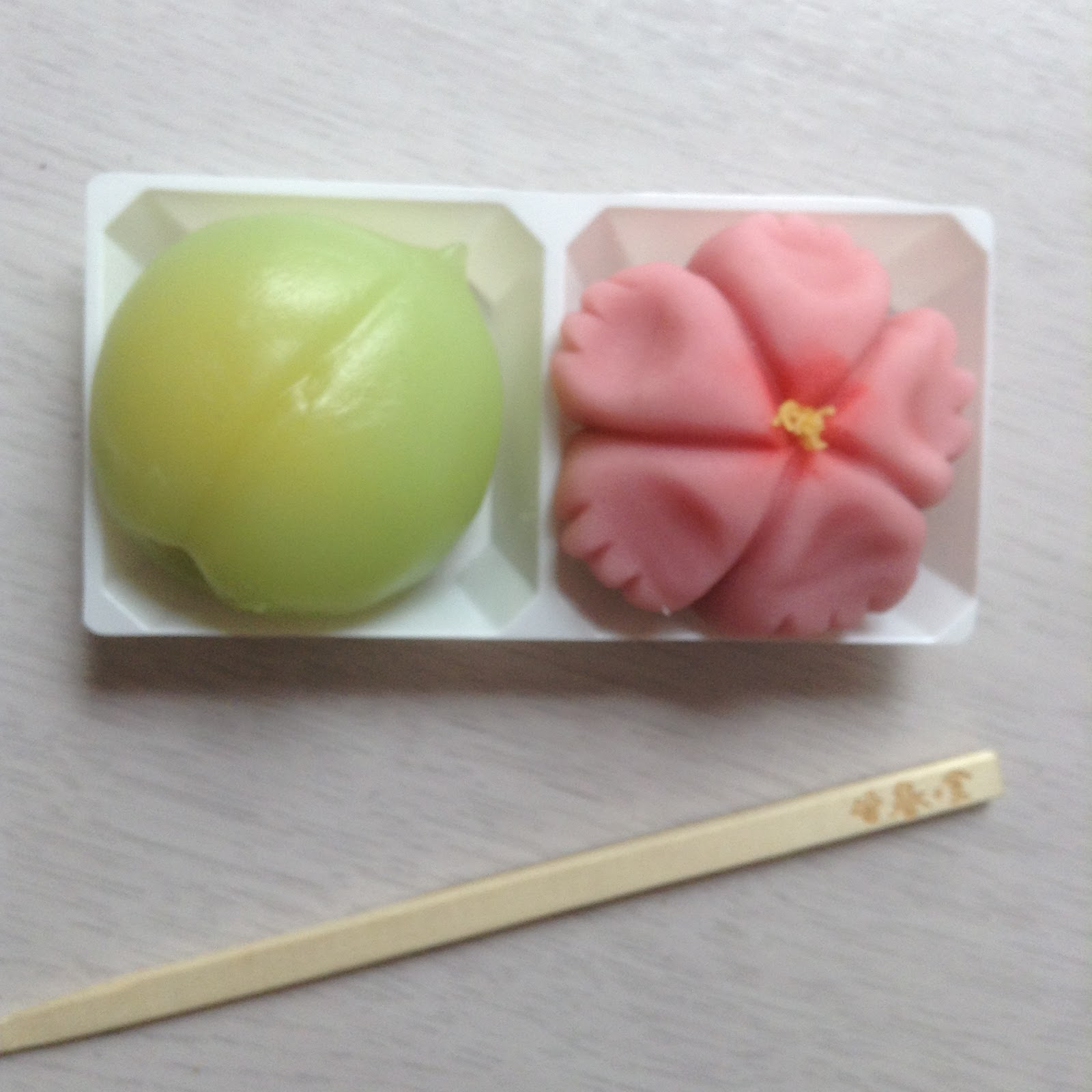 Wagashi making and visiting temples in Kyoto