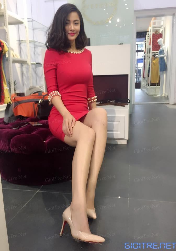 Huyền Vicky: Xinh gái không có lỗi, lỗi tại chân dài quá thôi =((