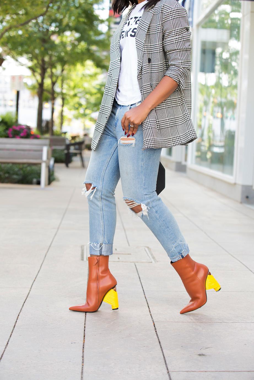 boyfriend jeans, balenciaga ankle boots, www.jadore-fashion.com