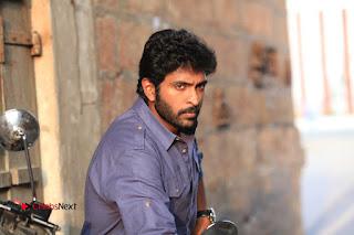 Vikram Prabhu Manjima Mohan Starring Sathriyan Tamil Movie Stills  0003.jpg