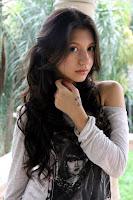 Biodata Cassandra Lee pemain sinetron Sepatu Kaca Trans TV