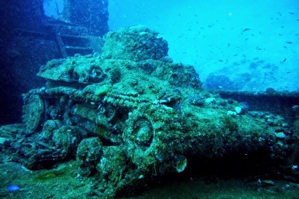 Tank-Truk-Lagoon