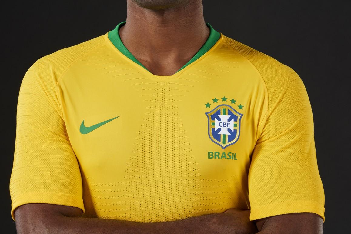 camisa brasi oficia se eção nike 2014 torcedor m r 69 5e237eb5227094 ... d6cda3b470c09