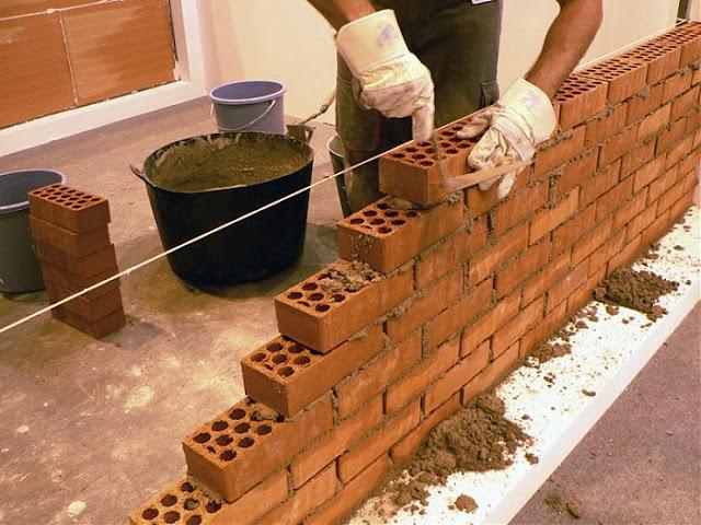 مهنة البناء