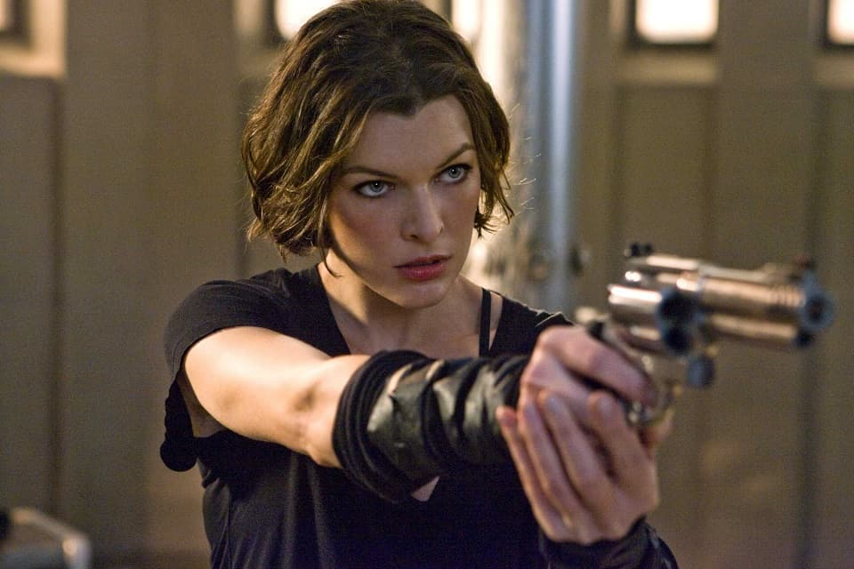 Милла Йовович, Milla Jovovich, секси фото, sexy photo, Обитель зла, Resident Evil, Хеллбой, Hellboy