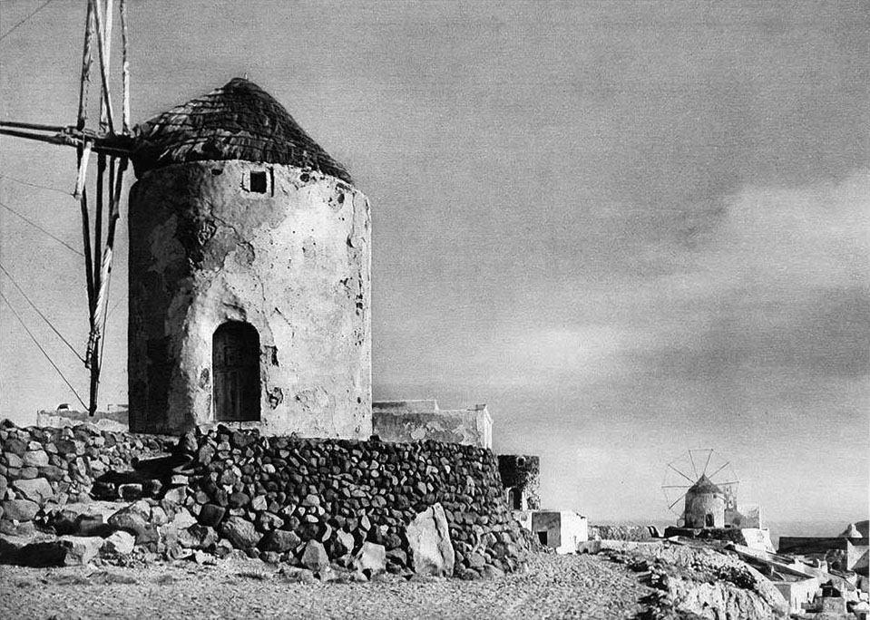 Old photos of Santorini (Path 1)   553819 518659301484733 1975102286 n