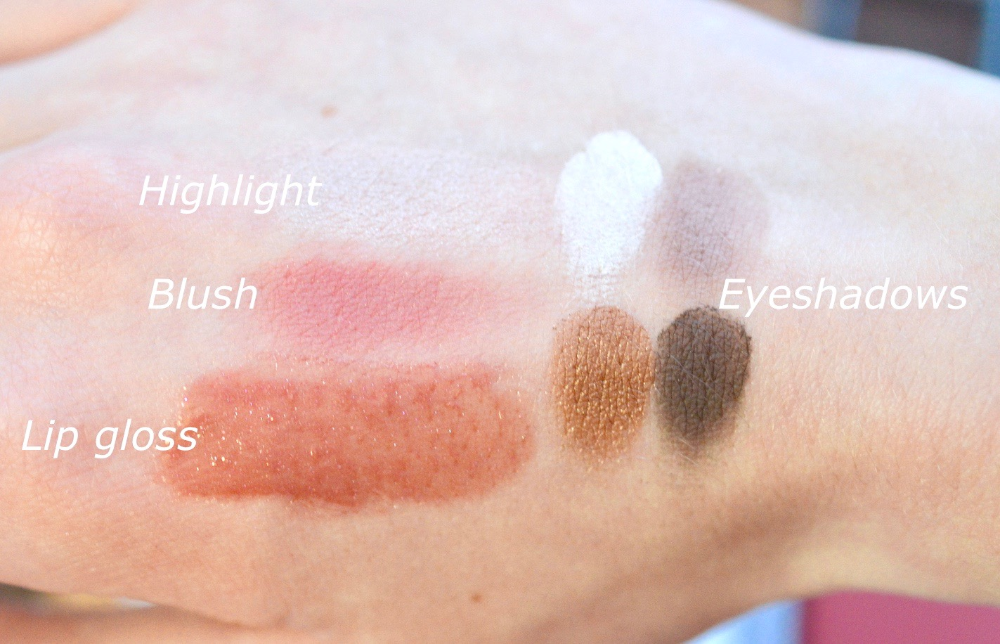 Gorgeous on the Go Swatches