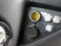 Cara Mudah Pasang Charger Hp di Motor