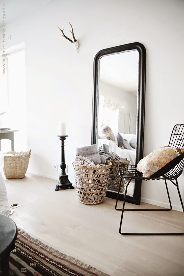la fabrique d co reflets et d co le miroir dans la maison. Black Bedroom Furniture Sets. Home Design Ideas