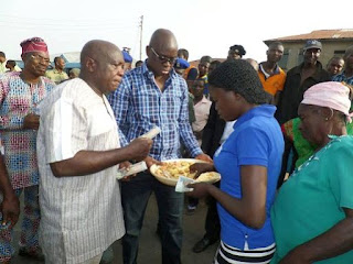 Fayose Shares His Birthday Cake With Residents Of Ado-Ekiti, Hands Them N200 Each 3
