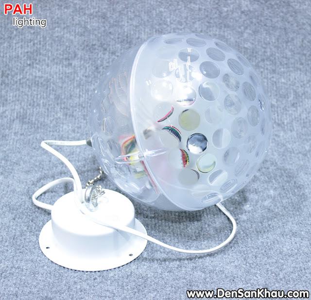 Trục treo đèn trái châu đơn giản dể lắp đặt.