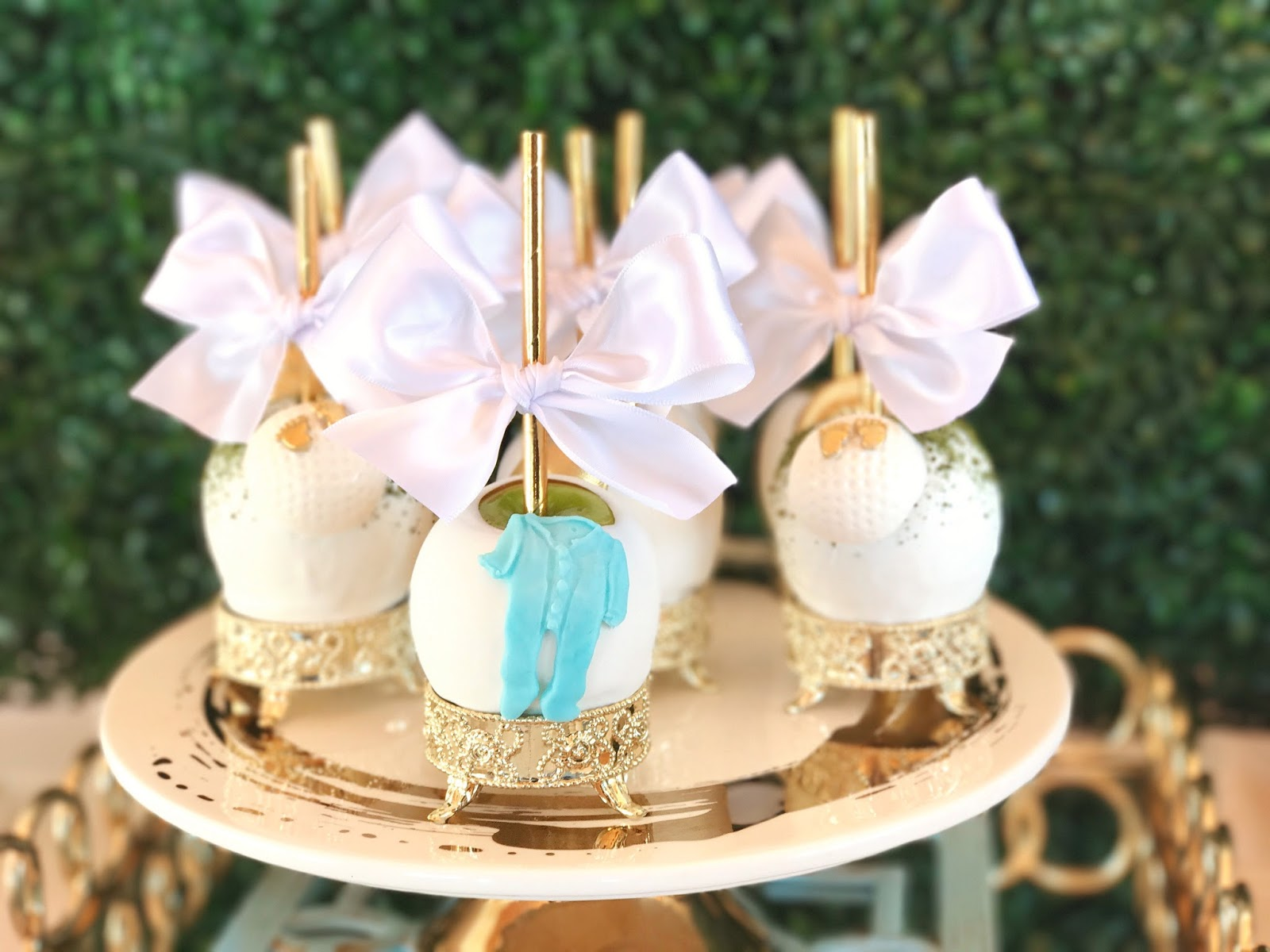 Chic Baby Shower, chic candied apples, elegant candied apples