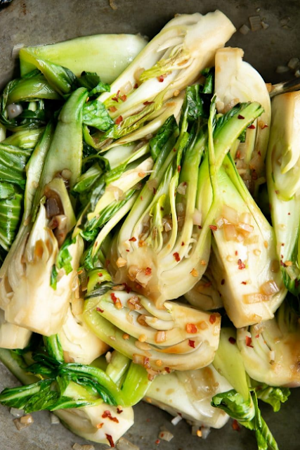 10 MINUTE GARLIC BOK CHOY RECIPE