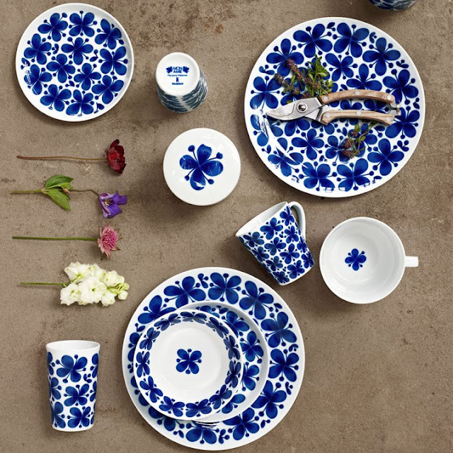 Dishes and Tableware With Flowers 9