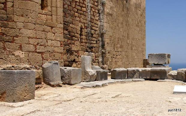 Экседра - скамья для отдыха
