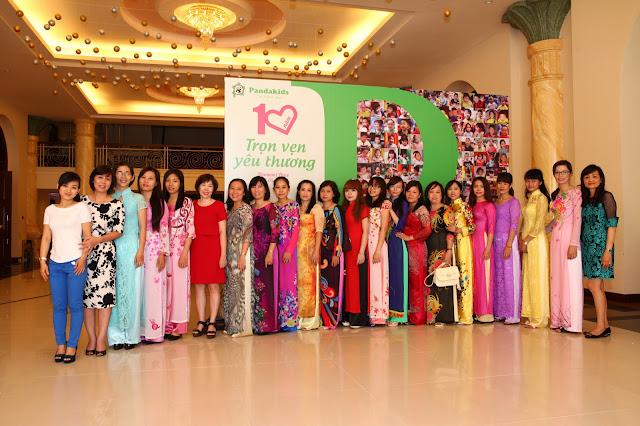 đội ngũ giáo viên trường mầm non chuyên giữ trẻ từ 9 tháng tuổi