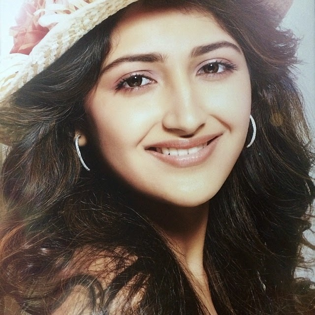 summer , sunshine , hats , fashion , love , laugh , turn , on , the , best , in , you ,, Actress Sayesha Saigal Hot Face Close Up Pics, Selfie Images